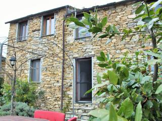 Casa Giuglia- Belle maison de hameau pleine nature