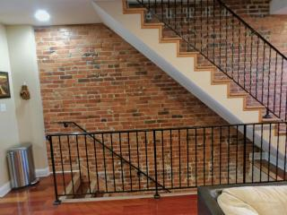 Spacious 3br,2.5b Loft Apartment in heart of DC