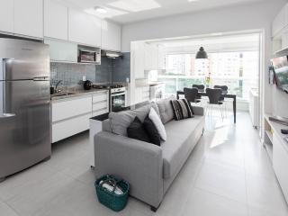 1BR apart 200m Paulista Avenue - Brand NEW!
