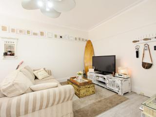 1 bedroom plus study on Bronte beachfront, Sídney