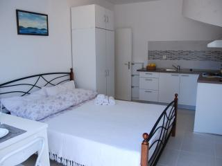 Studio apartment Miletic, Stari Grad