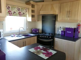 Luxury dg & ch 8 berth caravan Butlins Skegness