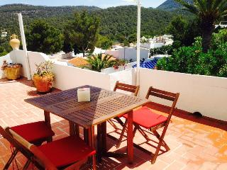IBIZA TERRACE APARTMENT, Cala Vadella