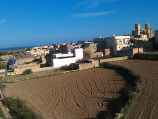 MODERN APARTMENT IN GOZO GHARB WITH COUNTRY VIEWS, Gharb