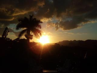 un fresco paisaje desde tú terraza, Cuba