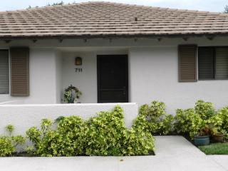 2 Bedroom Club Cottage, Palm Beach Gardens