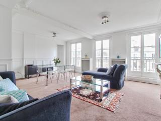Family apartment - Montmartre