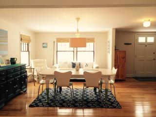 4 Bedroom, 2 Bath; close to beaches and bike trail; available July 8-28, 2017, Eastham
