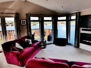 The panoramic views from inside the lodge.