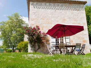 Château de Foulou  Côté Piscine, Tournon-d'Agenais