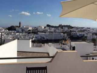 Colina Blanca - comfortable home and sunny terrace, Vejer de la Frontera