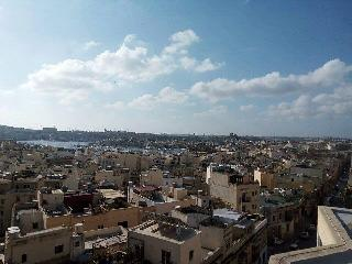 The Penthouse, Il Gzira
