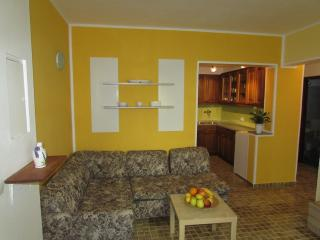 Nice apartment 2 with wifi, Fazana