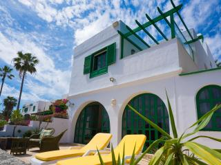 Villa by the beach, Teguise
