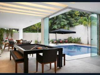 Luxury house rent  for olympics games only