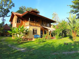 Spacious Beach Front House in Puerto Viejo