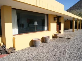 Villa en alquiler a 200 m de la playa, Buenavista del Norte