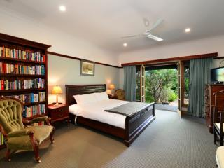 The Laurels B&B; - The Somersby Room, Kangaroo Valley