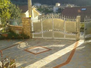 """Casa con giardino in collina """"l'arancio"""", Massarosa"""