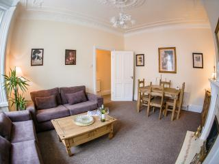 Quality apartment 10 minutes' walk from the beach., South Shields