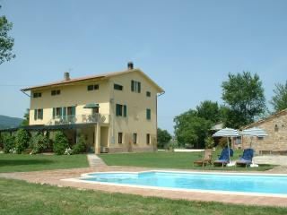 A spacious self-contained 2 bedroom apartment, Cingoli