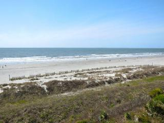 Ocean Pointe Villa 301 - Folly Beach, SC - 3 Beds BATHS: 3 Full