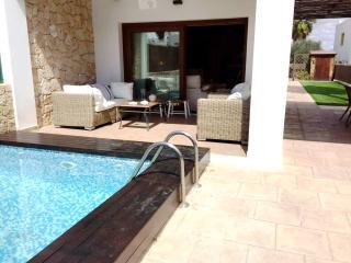 Chalet con piscina a 3 min de Ibiza, Puig d'en Valls
