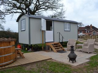 TheRookery Shepherds Hut, Nantwich