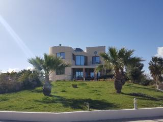 Villa with stunning sea view, Kos Town