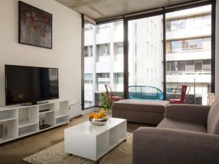 Anchor on Collins Sapphire 2 BR Apartment, Melbourne