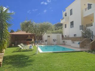 Superb Villa Georgia - Full Privatleben - Pool & Spa Jet, Chania Town
