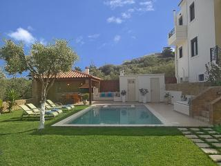 Grand size 8x4,5 Pool with Jet/Spa in the children section