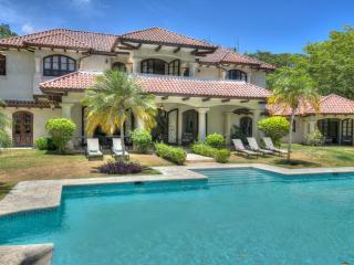 Villa Mediterranea - Caribbean elegance