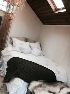 Full Size Double Bed, sprung mattress with memory foam. Egyptian cotton; feather duvet and pillows.