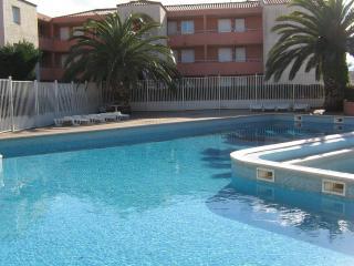 Superbe T2  renové résidence piscine tennis, Canet-Plage