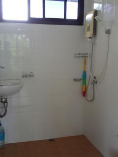 bathroom 2floor