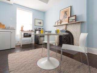 onefinestay - East 10th Studio private home, Newark