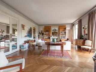onefinestay - Boulevard de Beauséjour II private home, Paris