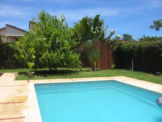 Maison d'architecte avec piscine et personnel. Maison lagune 34