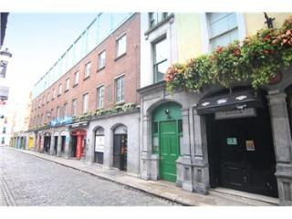 Bright 2 Bedroom Apartment in Templebar, Dublin