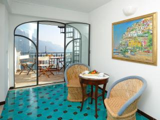 Amalfi Coast Apartment within Walking Distance of Ravello - Casa Deva