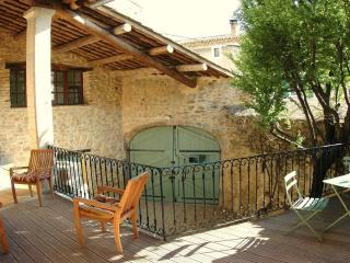 entrance via large courtyard door