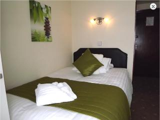 The Strathdon B&B - Large Standard Single Room