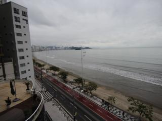 Amazing Seaview with the confort of you own home., Balneario Camboriu