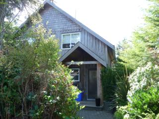The Dunes House at Chesterman Beach, Tofino