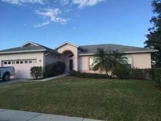 4BR 10 min walk to Marco Beach, Marco Island