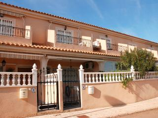 3 BEDROOM VILLA  2 MIN NEAR THE SEA LA MANGA, Estrella del Mar