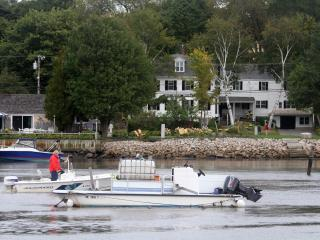 Historic-Waterfront In Town on the River., Kennebunkport