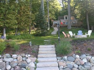Cozy Knotty Pine Cottage On  Lake Charlevoix  with boat lift and mooring