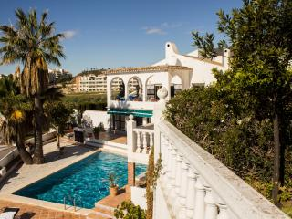 Private Villa - Stunning & spacious, 5 bedrooms, Benalmadena